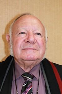 Monsieur PORET conseiller municipal de longues sur mer