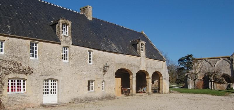 abbaye-de-longues-sur-mer-9