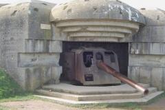 canon-de-la-batterie-de-longues-sur-mer-gros-plan-face-avant