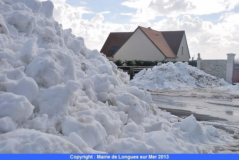 59-ces-monticules-de-neige-ne-sont-pas-prets-de-fondre