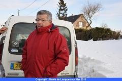 31-le-maire-roland-tirard-omnipresent-sur-le-terrain-de-meme-que-son-adjoint-michel-aumond