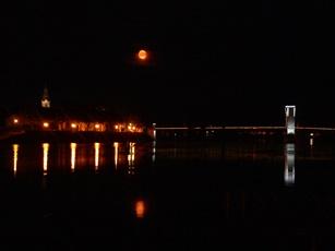 nuit à Tournon